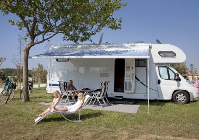 kampeerplaats-01-serignan_plage